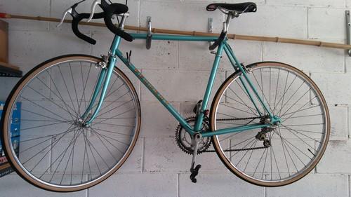 bici da corsa d'epoca peugeot
