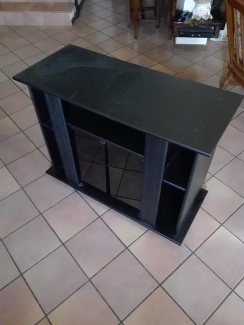 Mobile nero porta Tv con ruote