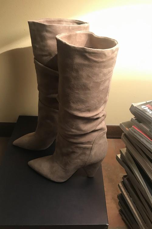 Stivali nuovi n.39